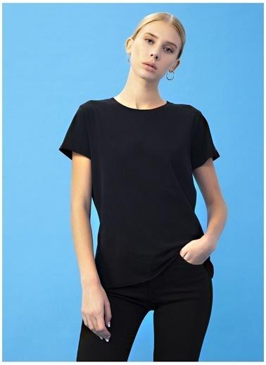 Derin Mermerci X Boyner Tişört Siyah